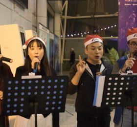 四个语言的《鼓浪屿之波》,十四个国家的舞者,精艺达人用快闪方式庆祝圣诞活动